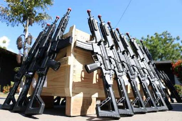 Polícia Civil da Bahia recebe 200 novos fuzis e espingardas