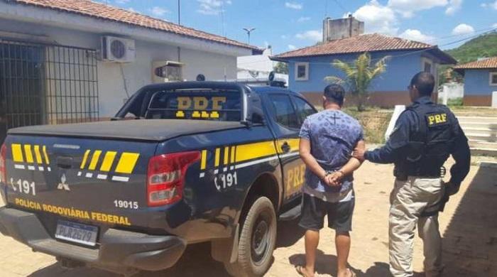 Foragido da Justiça do DF por corrupção é preso na Bahia