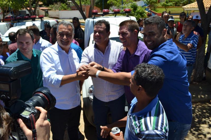 Município de Mirante recebe ambulância 0KM para atender população da comunidade do Areião