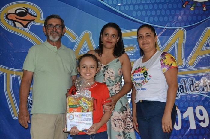 Aracatu: Secretaria homenageia os primeiros colocados da SAEMA 2019