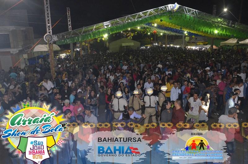 Arraiá Show de Bola em Presidente Jânio Quadros se destaca como o melhor de todos os tempos já realizado no município