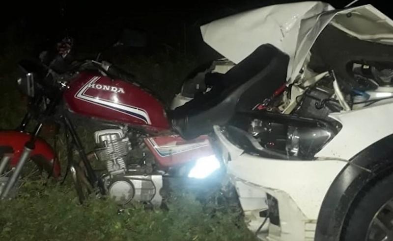 Guanambi: Viatura do DPT é atingida por caminhonete enquanto atendia ocorrência