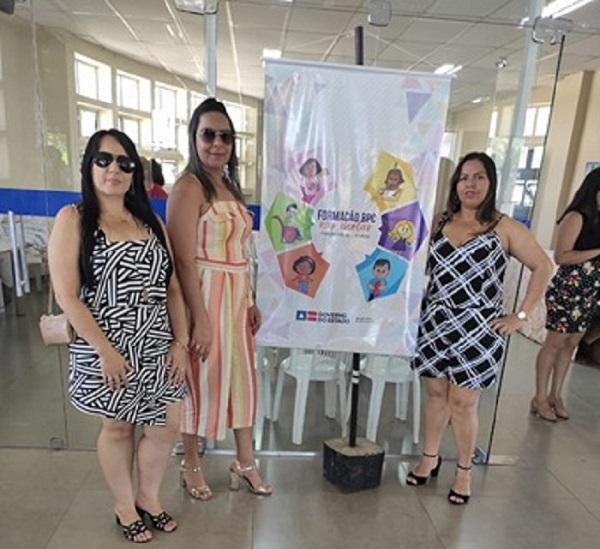 Profissionais que atuam na Educação, Saúde e Assistência Social de Aracatu participam da Formação BPC em Vitória da Conquista