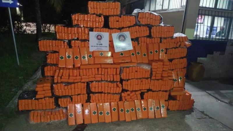 Tráfico: Mais de 1,2 tonelada de maconha é interceptada em carreta