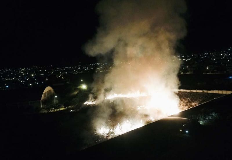 Incêndio na área interna do IFBA em Brumado assustou moradores das proximidades, veja o vídeo