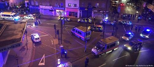 Atropelamento próximo a mesquita de Londres deixa um morto