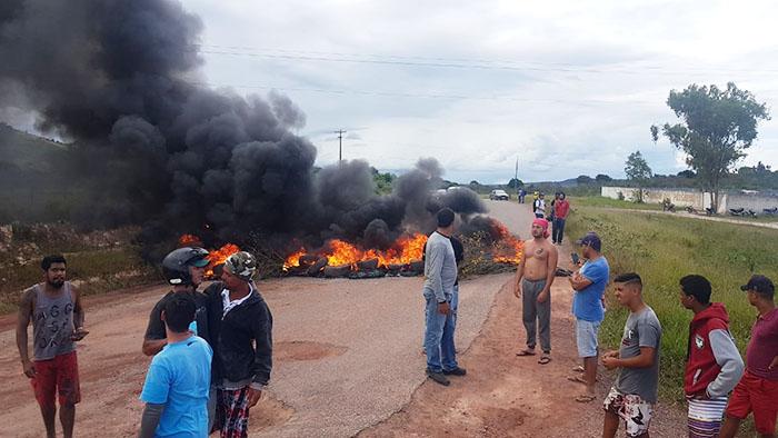 Governo do Estado emite nota após protestos realizados na BA-142 em Tanhaçu, Ituaçu e Barra da Estiva