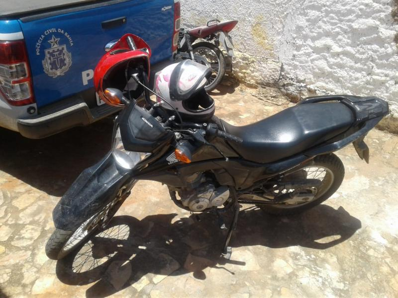 Polícia recupera motocicleta roubada em Tanhaçu