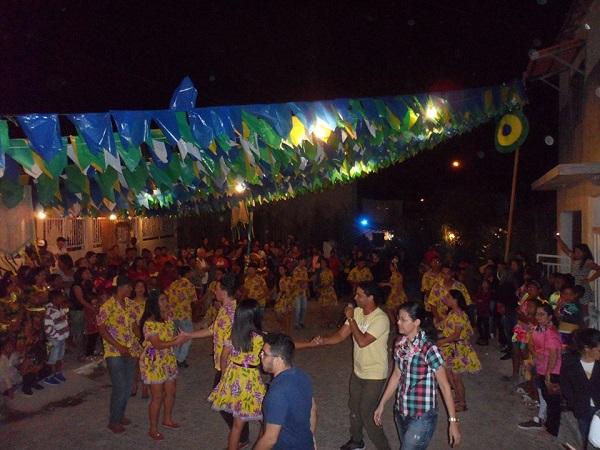 ARRAIÁ DO CRAS é realizado em Aracatu