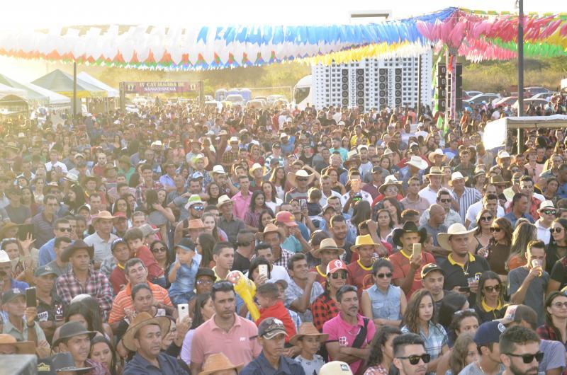 Guajeru: IV Cavalgada do povoado de Sanguessuga é sucesso de público e atrações; confira as fotos