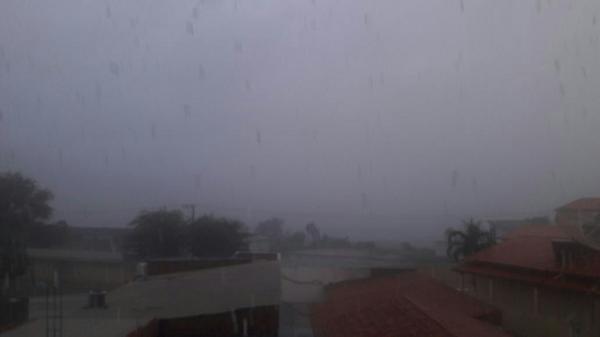 Chove forte em Livramento; pode chover a qualquer momento amanhã na cidade