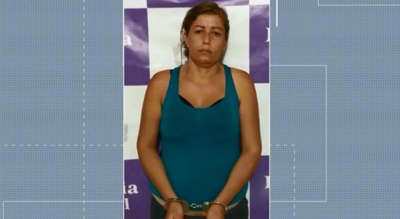 Mãe presa por tentar vender garoto de 12 anos por R$ 70 mil por 'raiva' é solta pela Justiça