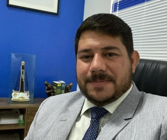 Brumado: Advogado Half Cotrim de Castro é nomeado Procurador do Legislativo