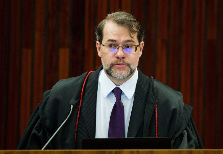 Após restrição de foro, Toffoli baixa sete processos contra deputados