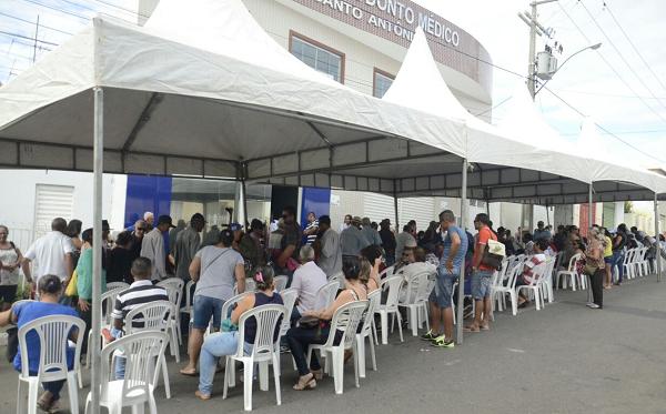Mutirão de Catarata é realizado em Brumado com mais de mil cirurgias; hoje (21) foi dia de revisão