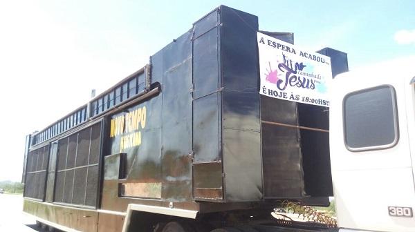 Caminhada Para Jesus acontece hoje (13) em Brumado; trio elétrico já se encontra na cidade