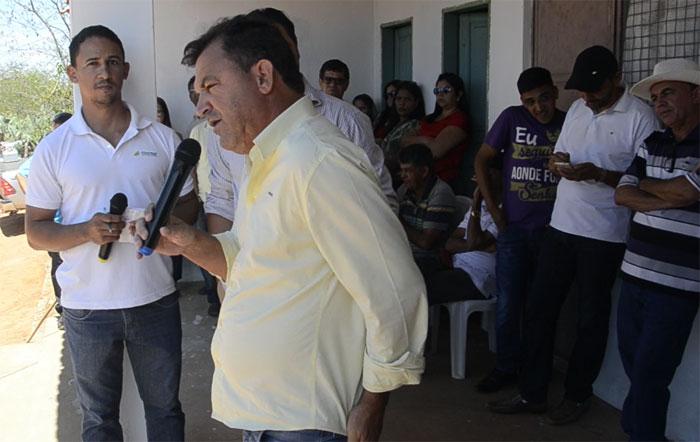Mais uma mecanização agrícola é entregue pelo vereador André Berkovitz em Rio do Antônio