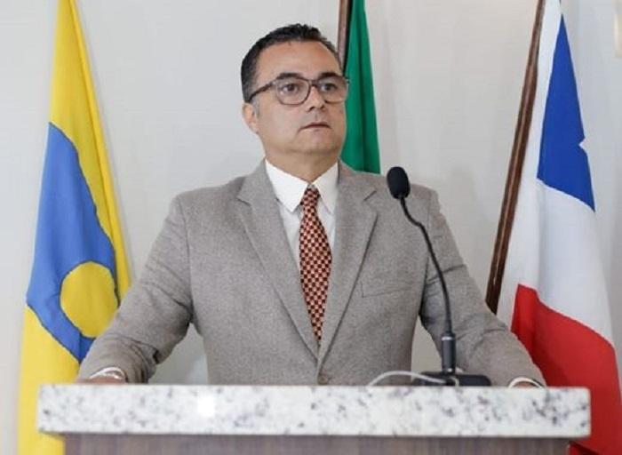 Rio de Contas: Recém-nascido é sepultado sem autópsia, guia de sepultamento e até hoje os pais estão sem Certidão de Óbito, afirma Vereador