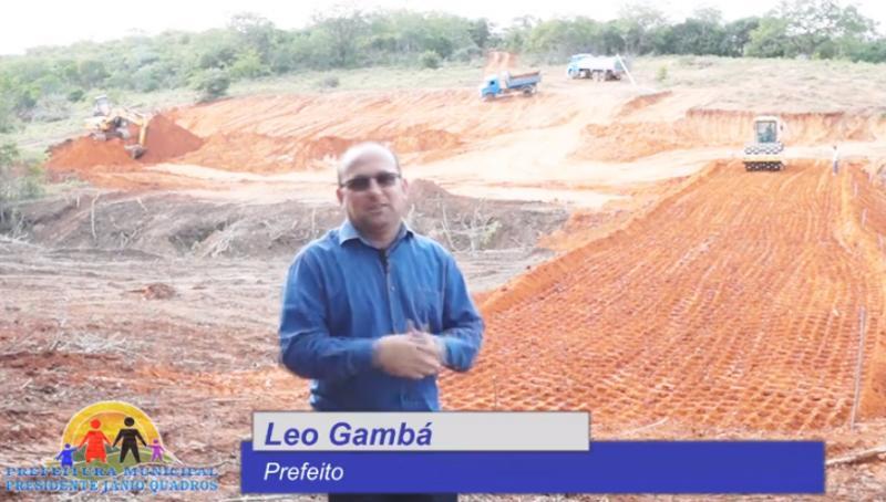 Vídeo: Prefeitura de Jânio Quadros segue construindo barragens para amenizar crise hídrica no município