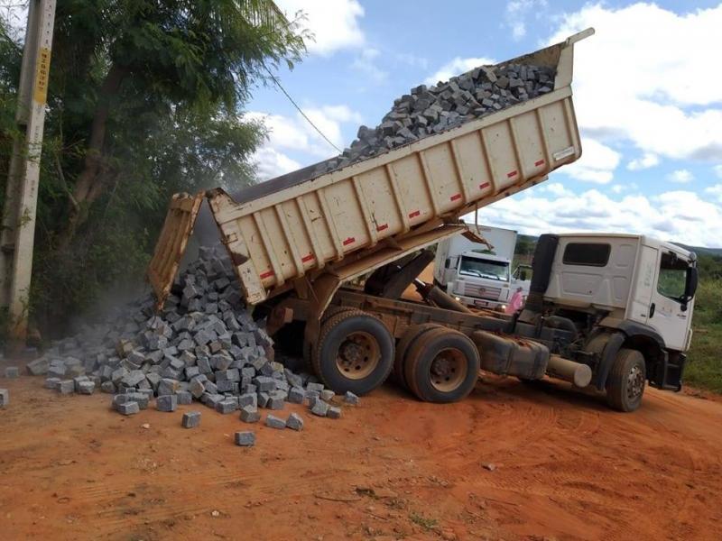 Rio do Antônio: Distrito de Umbaúba receberá obras de pavimentação