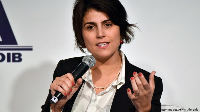 Manuela D'Ávila confirma ter posto hacker em contato com Greenwald