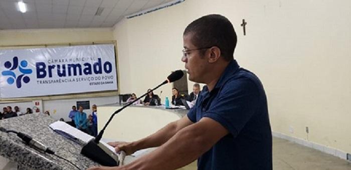 Comerciantes e populares ocupam Câmara de Vereadores de Brumado e solicitam readequação da Área Azul no município