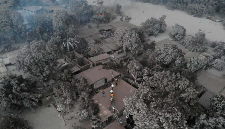 Erupção do Vulcão de Fogo deixa 25 mortos na Guatemala