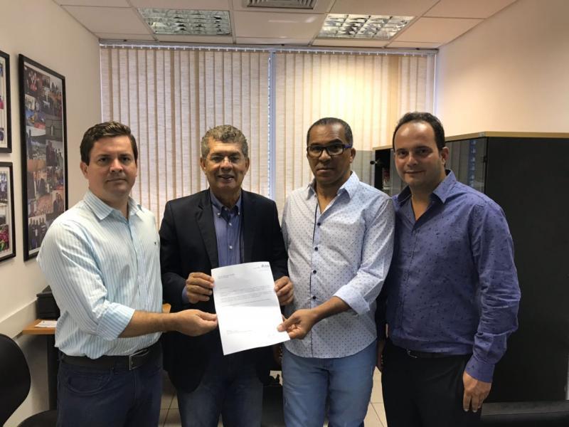 Ex-prefeito Neto e o deputado Zé Raimundo solicitam melhorias no Colégio Estadual de Igaporã