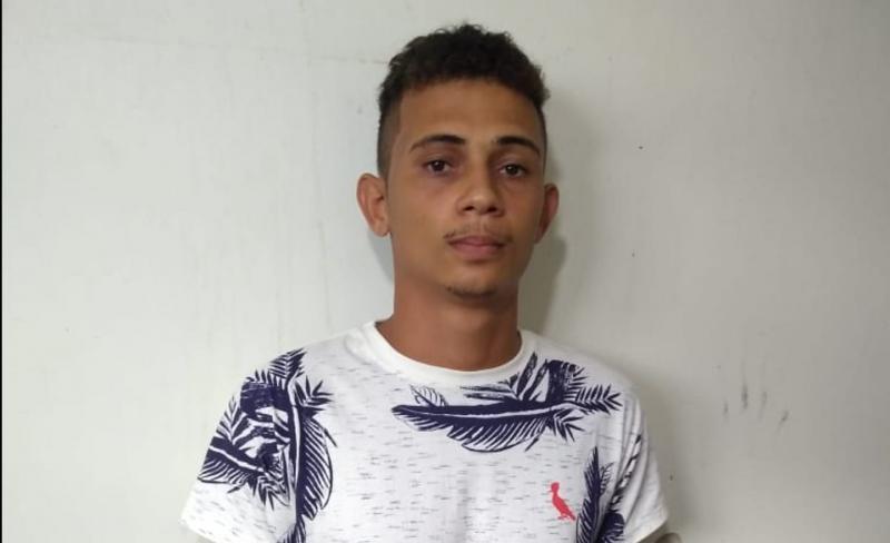Polícia Civil cumpre mandado de prisão de suspeito de homicídio em paramirim