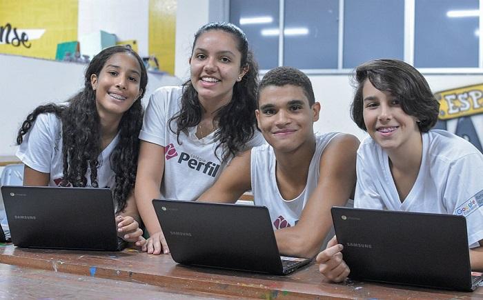 Bahia: Estudantes criam projeto para minimizar impacto do lixo urbano