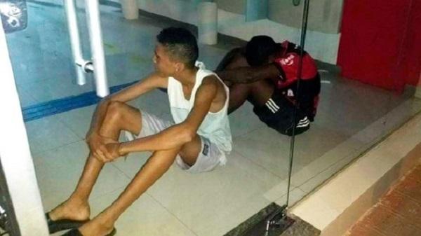 Caculé: Jovens entram em agência bancária para se refrescar com ar-condicionado e ficam presos