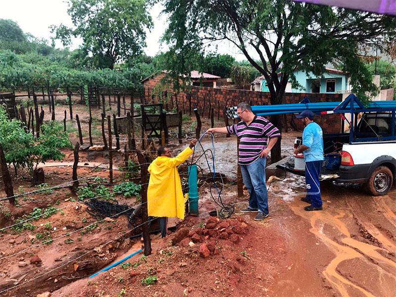 Comunidade de Samambaia comemora instalação de bomba de poço artesiano