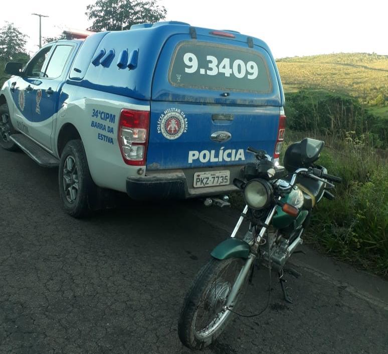 Polícia Militar recupera motocicleta que havia sido roubada em Barra da Estiva