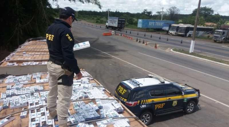 PRF apreende carga de 8 milhões de cigarros estrangeiros em Vitória da Conquista