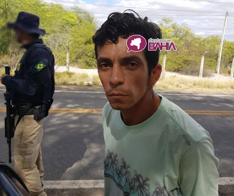 Polícia intercepta ônibus da Novo Horizonte e prende brumadense que transportava Cocaína
