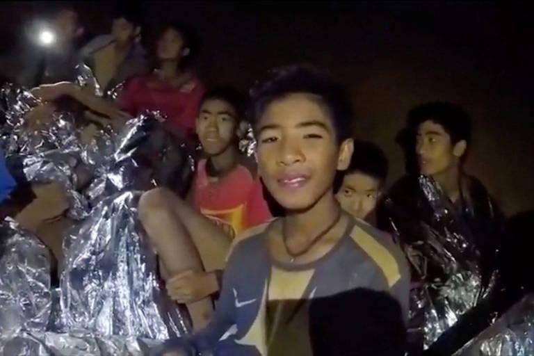 Mais três crianças são resgatadas de caverna na Tailândia nesta terça