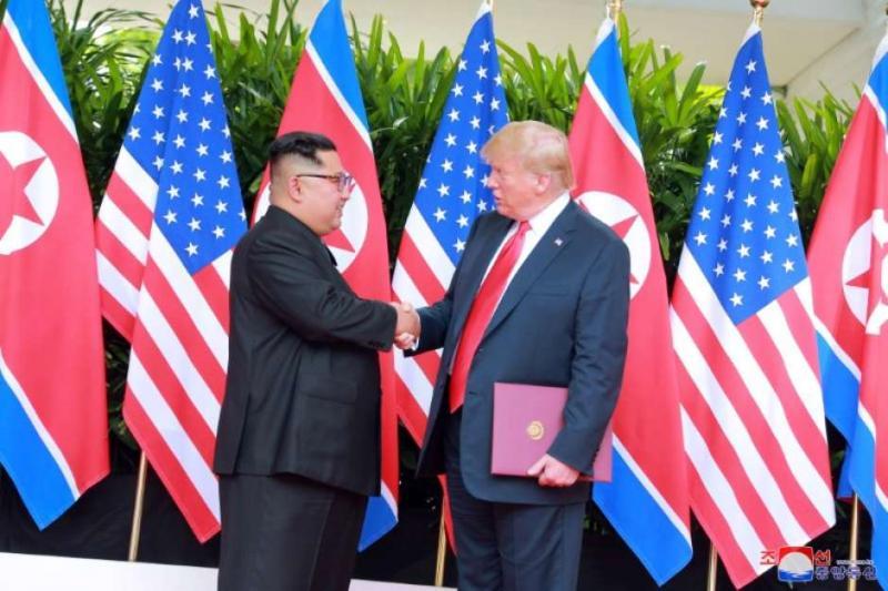 Coreia do Norte parece estar construindo um ou dois mísseis balísticos, diz Washington Post