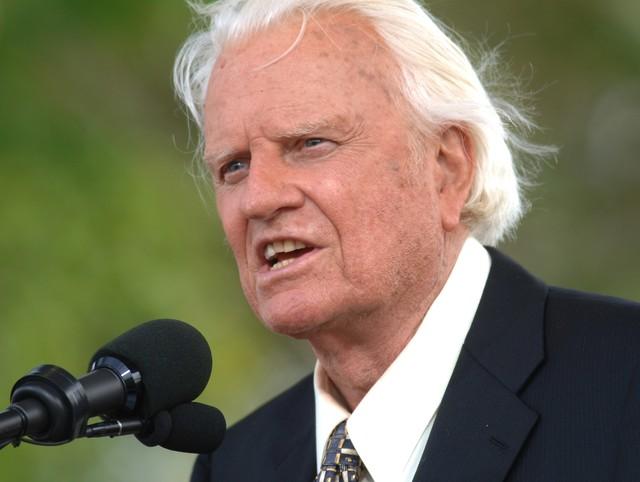 Morre o evangelista americano Billy Graham aos 99 anos