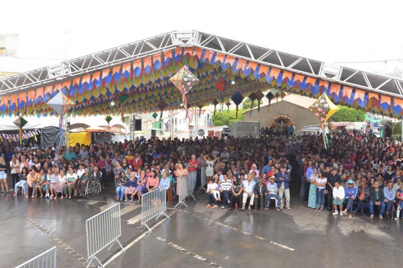 Festa do padroeiro movimenta tradição e fé em Presidente Jânio Quadros