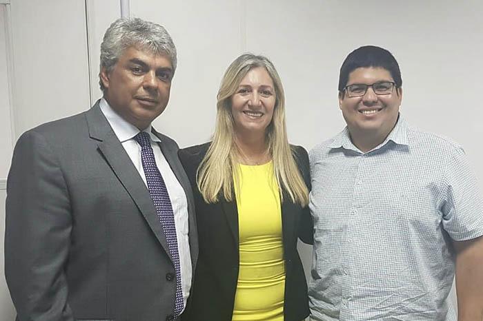 Com o apoio do deputado Robinho, prefeita de Malhada de Pedras busca apoio do Bahiatursa para os festejos juninos