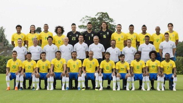 Técnico da seleção confirma time que entra em campo na estreia do Brasil na Copa