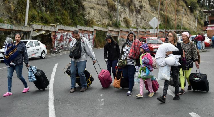 Venezuela minimiza crise migratória que atinge a América Latina