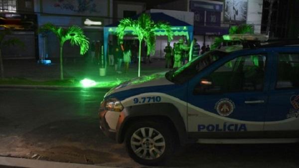 Adolescente é morto a tiros e outro é baleado durante evento em praça de Conquista