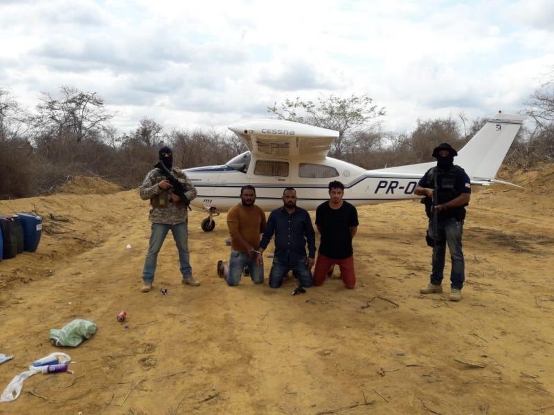 Polícia Civil apreende  Avião usado no transporte de Drogas e Minério em pista clandestina na zona rural de Vitória da Conquista