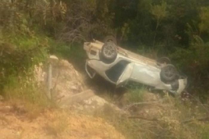 Rio de Contas: Carro de passeio transportando quatro pessoas cai em ribanceira na BA-148