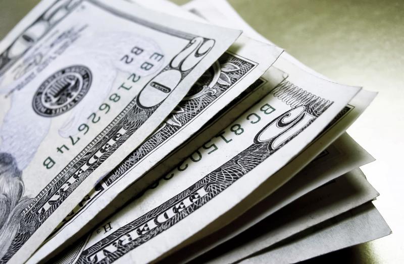 Cotação do Dólar abre em baixa de 0,50%, e moeda chega a R$ 3,7475