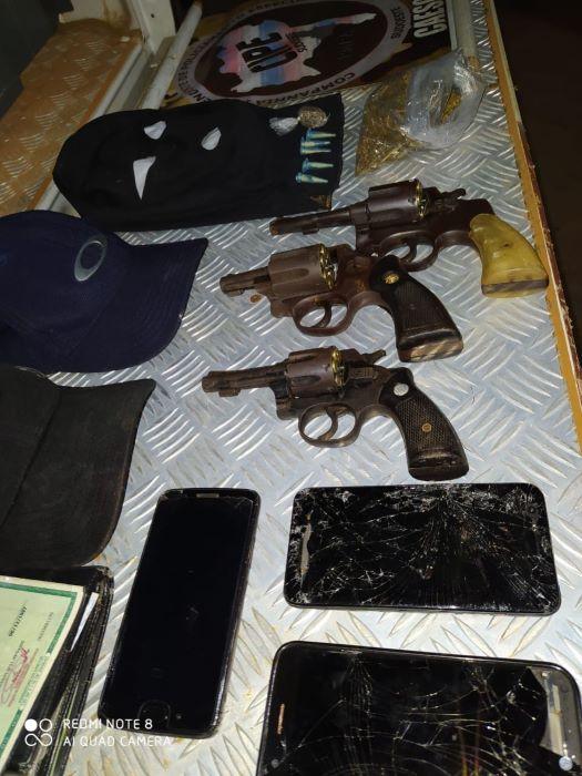 Envolvidos em tentativa de assalto a banco e roubo de veículo morrem em confronto com a Caesg em Caculé
