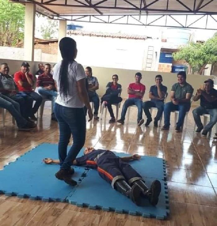 Equipe do SAMU 192 promove capacitações e ações educativas em Guajeru