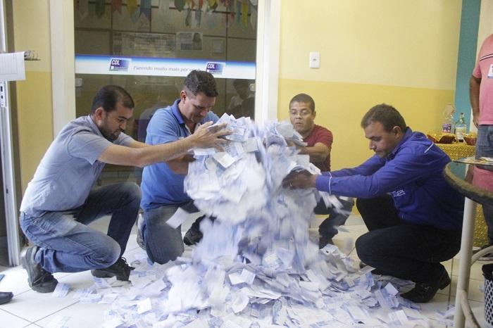 CDL realiza sorteio da campanha Goleada de Prêmios