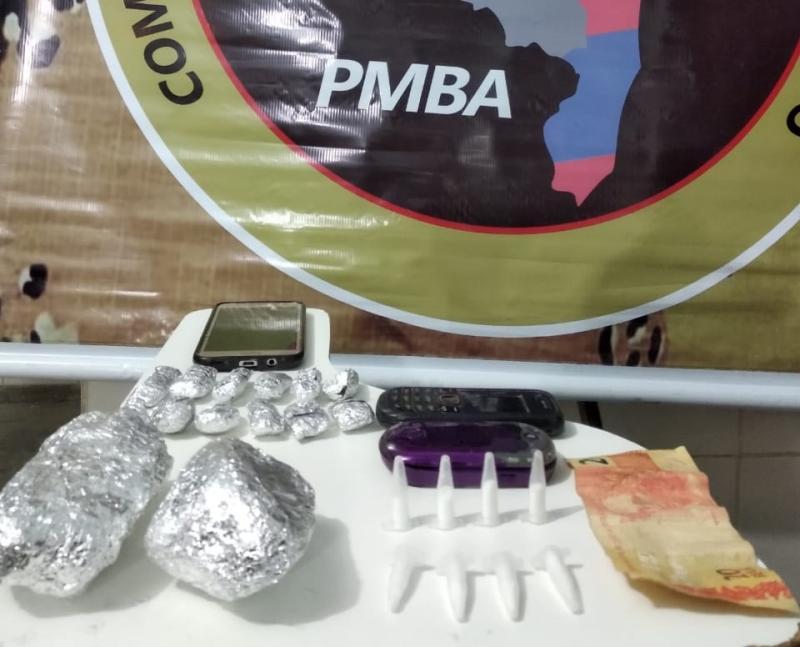 Três pessoas são presas pela Cipe Sudoeste por tráfico de drogas em Guanambi